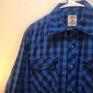 Plaid long sleeve button up shirt